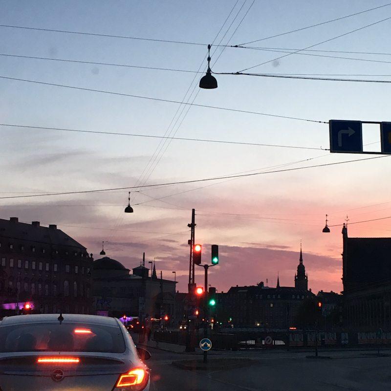 Kbh sommer aften 2019 , Artlightcph tilbyder rådgivning om vejbelysning.